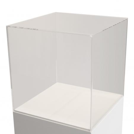 montre af plexiglas, 60 x 60 x 60 cm (LxBxH)